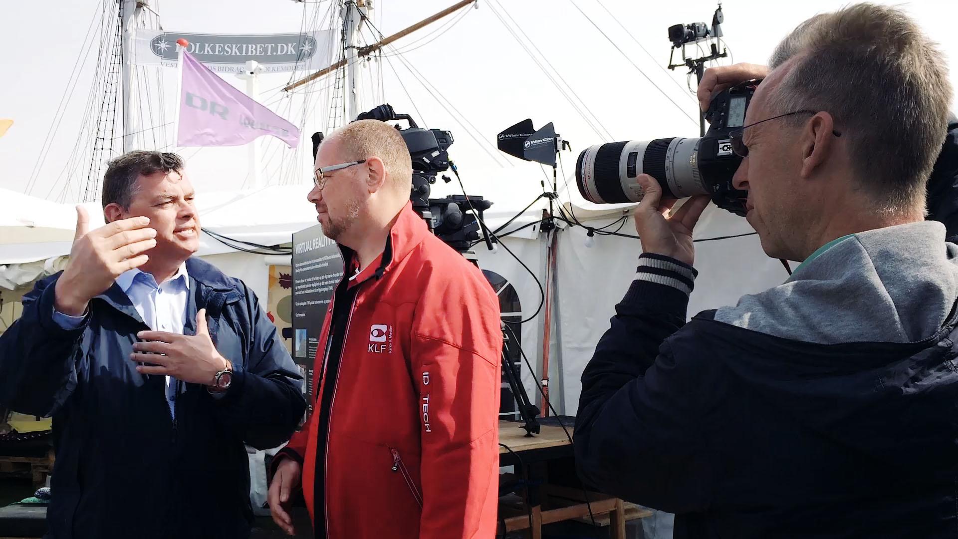 Mikael-i-dialog-med-Mogens-Jensen